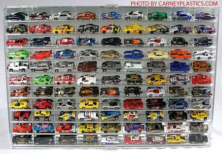 Hot Wheels Display Case Tilted Shelves 99 Car